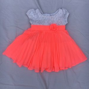 Youngland Baby - neon coral and lace dress